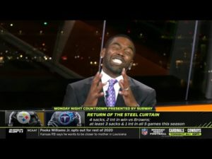 Randy Moss reacts to Pittsburgh Steelers vs Tennessee Titans