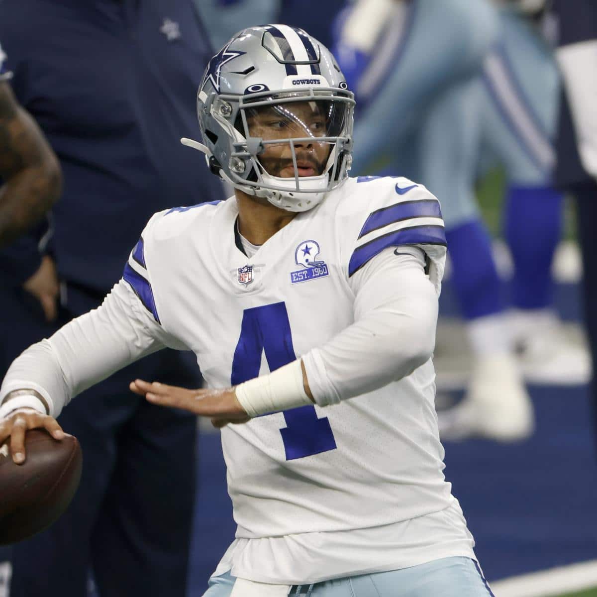 dak-prescotts-payment-grows-with-every-dallas-cowboys-catastrophe.jpg