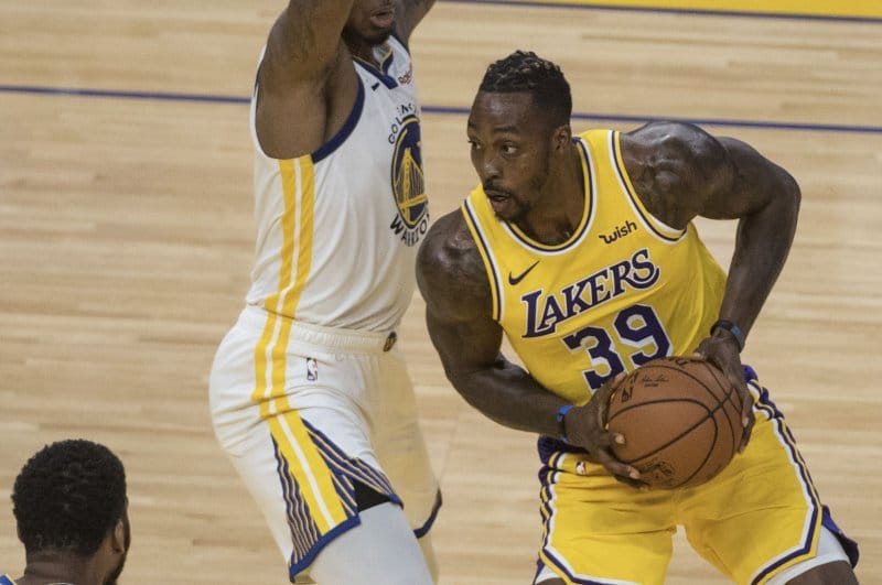 lakers-dwight-howard-to-signal-1-year-deal-with-76ers.jpg