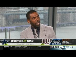 randy-moss-goes-crazy-dallas-cowboys-vs-new-york-giants.jpg