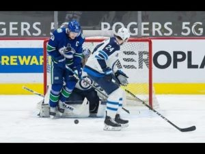 vancouver-canucks-centre-bo-horvat-day-to-day-with-lower-body-injury-coach.jpg
