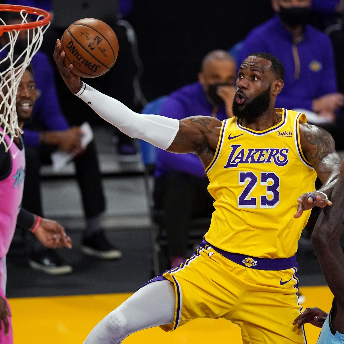 lebron-james-on-lakers-loss-to-heat-photos-simply-did-not-topple-in-the-fourth.jpg