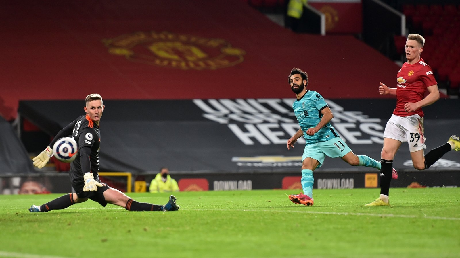 liverpool-sweep-previous-blundering-united-at-used-trafford.jpg