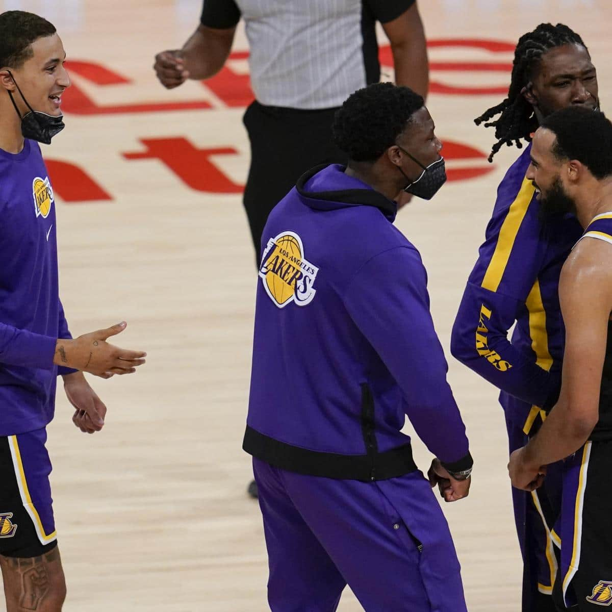 nba-playoff-listing-2021-standings-predictions-for-lakers-warriors-and-more.jpg