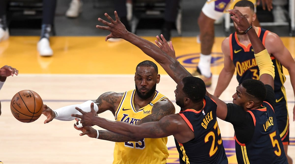 lebron-james-proves-nba-is-gentle-his-with-sport-winner-for-lakers-over-warriors.jpg