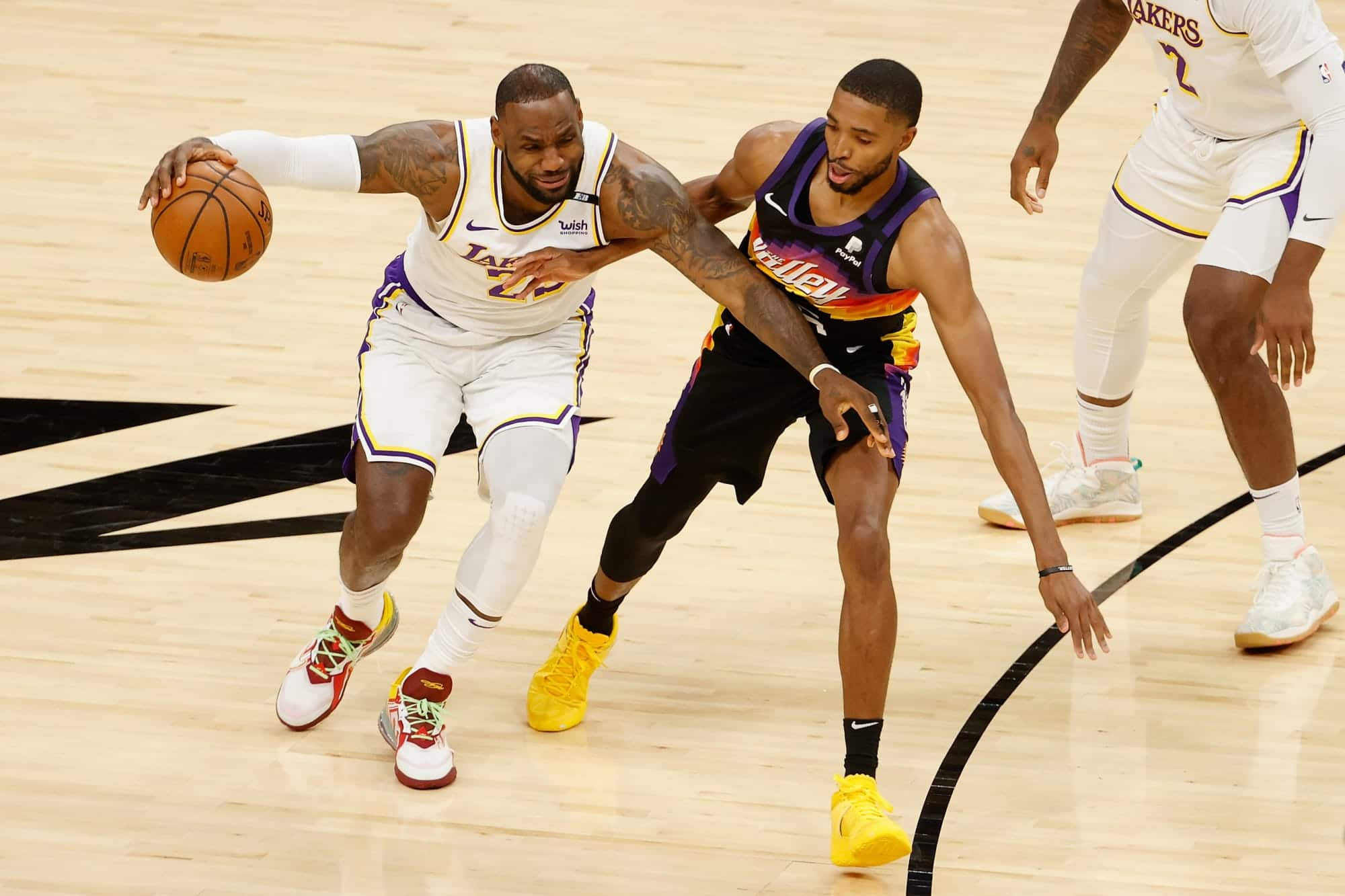 3-avid-gamers-who-must-step-up-and-divulge-for-lakers-in-recreation-2-vs-suns.jpeg