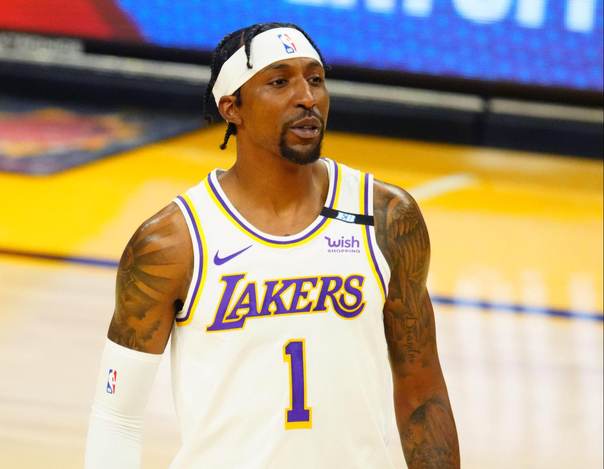 kentavious-caldwell-pope-dominated-out-for-sport-4-vs-suns.jpg