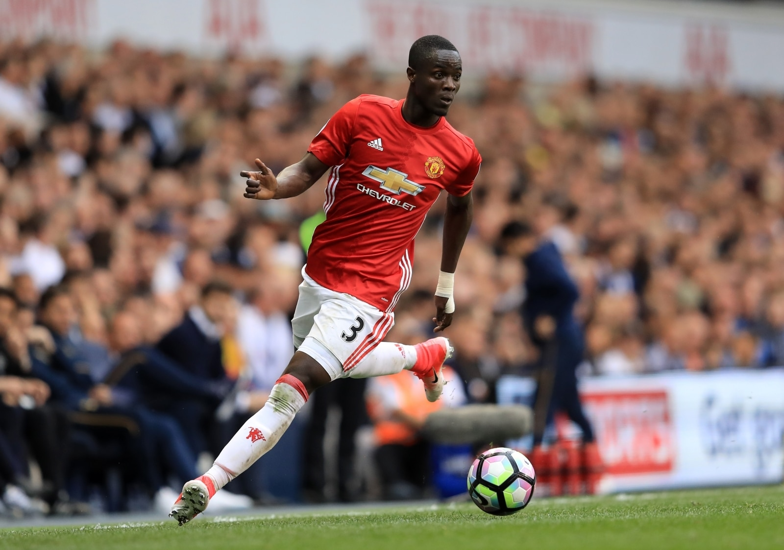 manchester-united-enormous-title-drops-transfer-bombshell-forward-of-europa-league-final.jpg