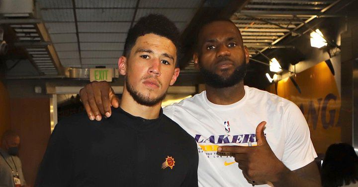 devin-booker-owns-the-arenas-closing-game-ancient-no-23-lebron-james-jersey.jpg