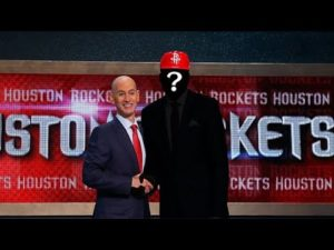 should-the-houston-rockets-trade-their-top-4-pick.jpg