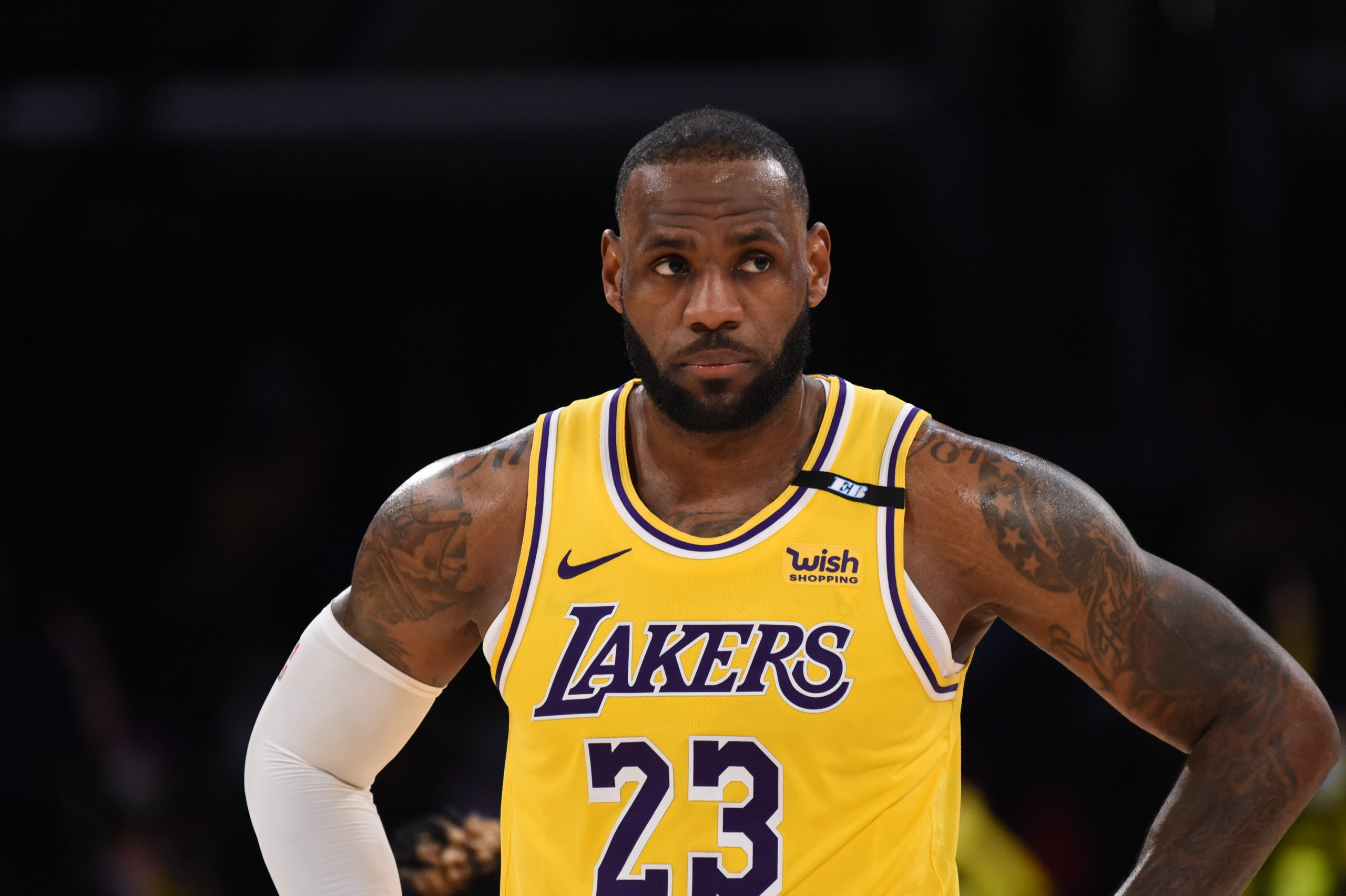 lakers-lebron-james-willing-to-dash-vs-suns-without-reference-to-ankle-ruin.jpg