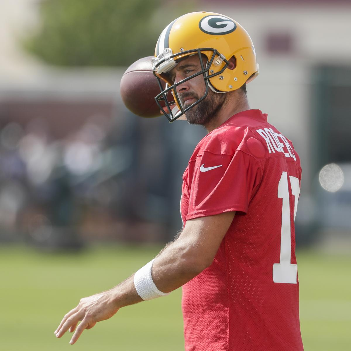 nfl-coaching-camp-buzz-roundup-aaron-rodgers-presentations-up-in-green-bay.jpg