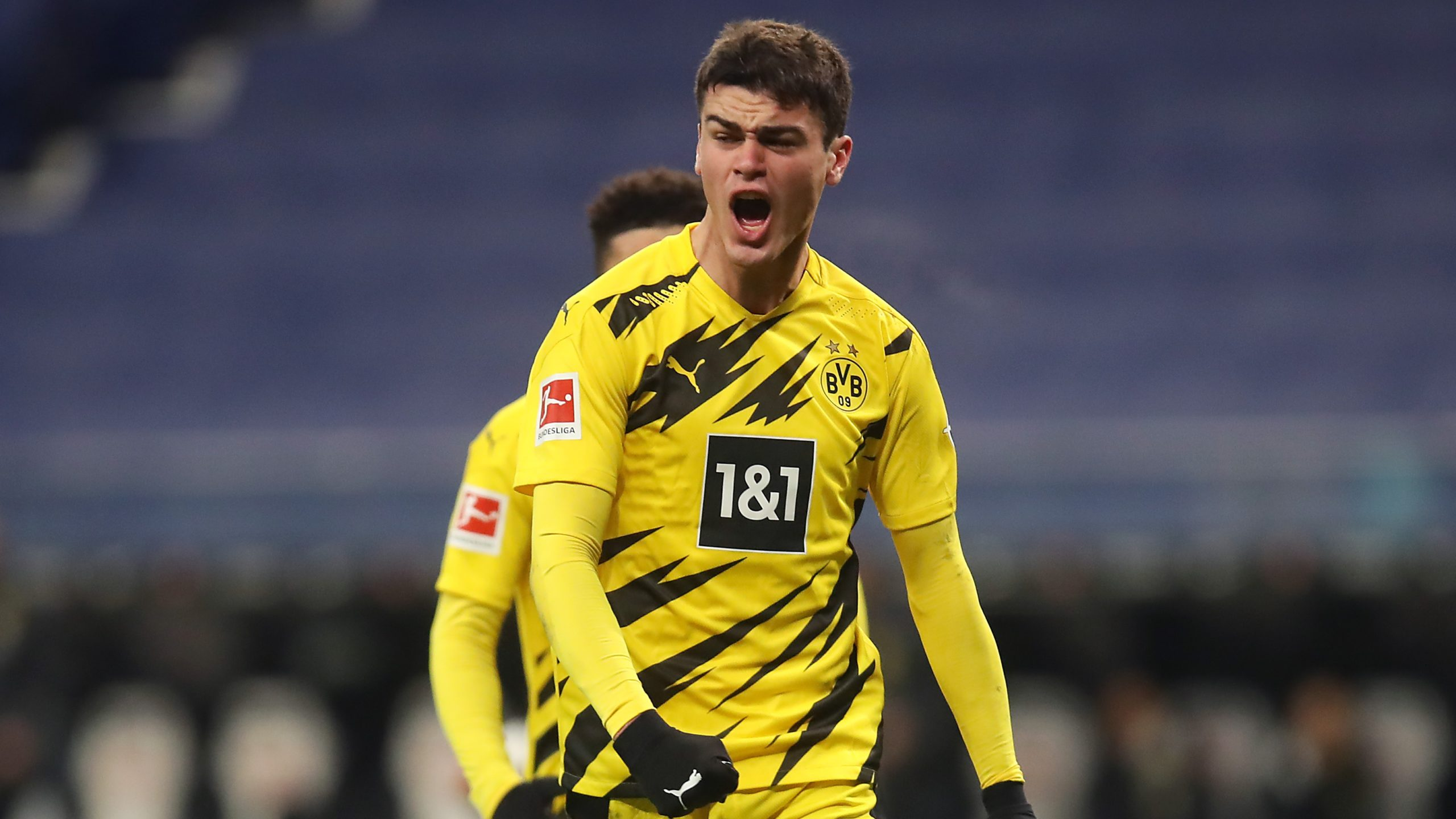 usmnt-essential-individual-reyna-given-no-7-shirt-at-borussia-dortmund-following-sanchos-transfer-to-manchester-united.jpg