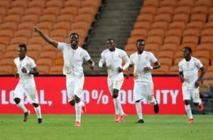 news24-com-easiest-of-the-weekends-soccer-action-royal-am-abolish-chiefs-liverpool-and-chelsea-compose-statements.jpg